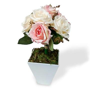 arranjo de flores artificiais mesa festa