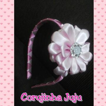 Tiaras com flor de cetim