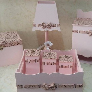 Kit Higiene Rosa e Marrom com Arabescos