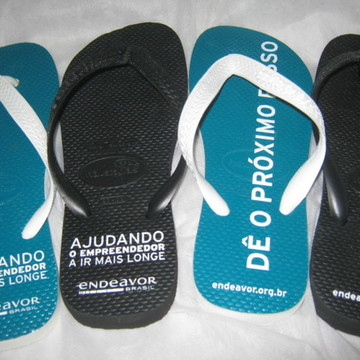 HAVAIANAS TOP PERSONALIZADA PARA EVENTO CORPORATIVO
