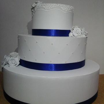 Bolo Fake Casamento/15 Anos Azul Renda