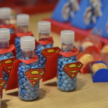 Garrafinha Superman
