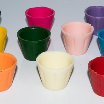 Copinhos coloridos- caixa com 24 uni