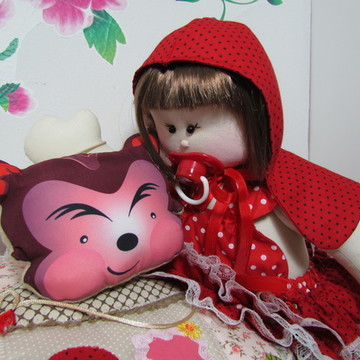 Bebê Susi Chapeuzinho Vermelho