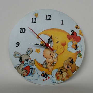 Relógio em mdf festa na lua