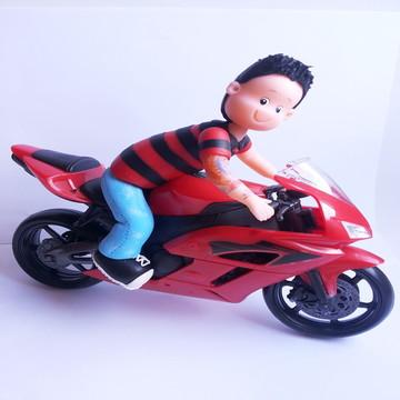 Rapaz na moto