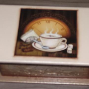 Caixa de chá com duas divisões n° 145
