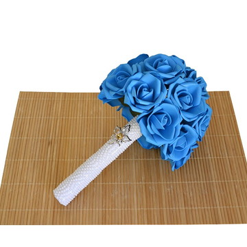 Buquê de Noiva Com Rosa Azul