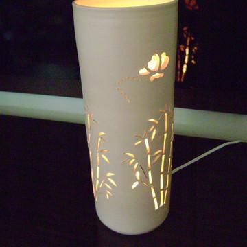 "Luminária ""Bambu"""