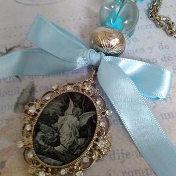 Medalhão Anjo da Guarda Azul Claro