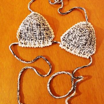 Bikini Preto e Nude em Crochet