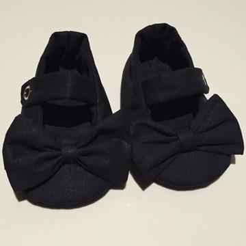 Sapatinho de bebê preto