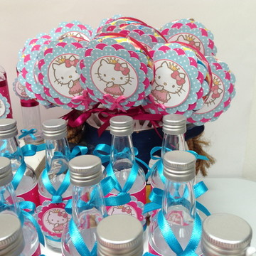 Pirulito personalizado Hello Kitty 2