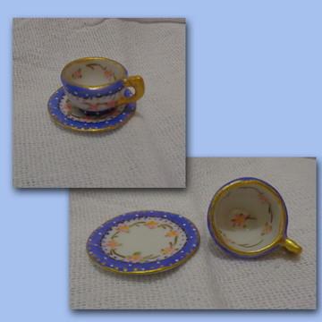 Mini Xícara em porcelana