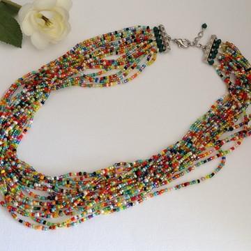 Maxi colar de miçangas coloridas