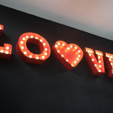 Letra Luminosa-Love Luminoso MOSTRUÁRIO