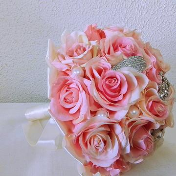 buque de rosas luxo