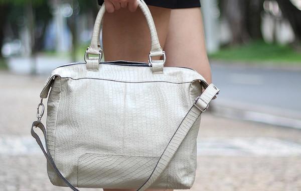 228982445 Bolsa Feminina de Couro Legítimo Anne Marfim no Elo7 | Bolsas Femininas de  Couro Legítimo - Absolut Leather (B91F1D)