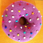 Almofada-donut-em-crochet-almofada-em-crochet