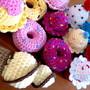 Mini-doces-em-crochet-cupcakes