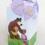 Caixa-piramide-arvore-masha-e-o-urso-urso