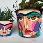 Frida-kahlo-kit-com-2-vasos-suculentas