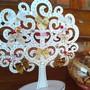 Enfeite-de-mesa-de-natal-arvore-em-mdf-decorada