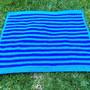 Colcha-em-crochet-azul-da-cor-do-mar