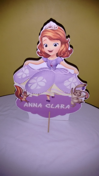Display mdf princesa Sofia com nome