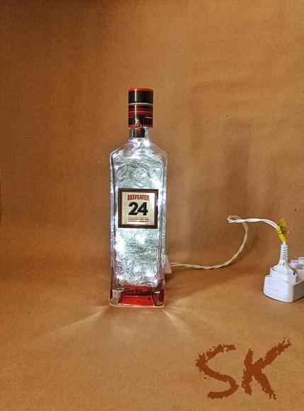 Luminária de garrafa Beefeater 24 no Elo7 SK Eco Store (6B8C79)