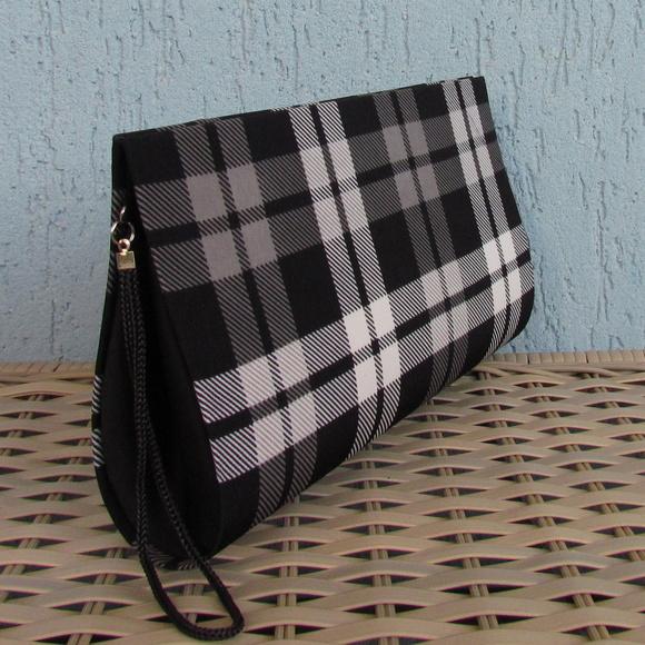 Bolsa De Mão Preta Preço : Clutch preta e branca elo