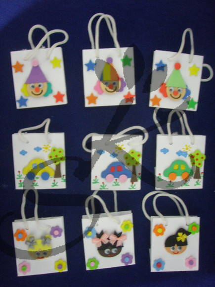 Mini sacolas de papel