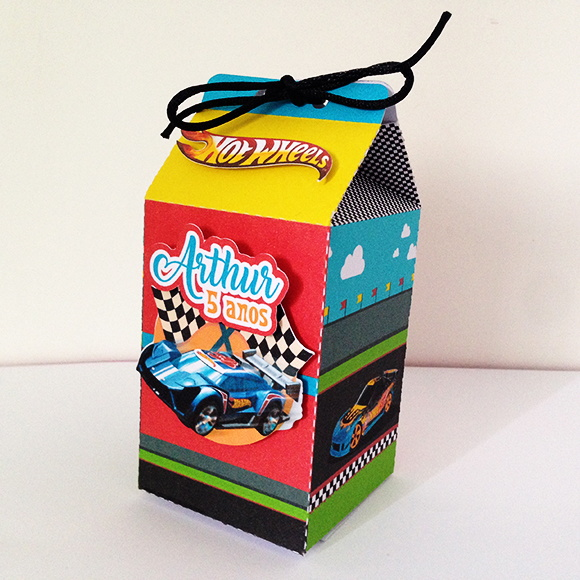 Caixa Milk Hot Wheels