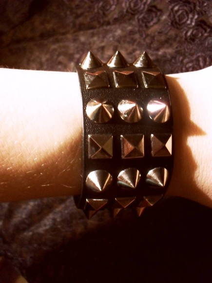 Bracelete Gothic Black Queen
