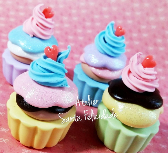 Aplique Cupcake Candy Colors em Biscuit