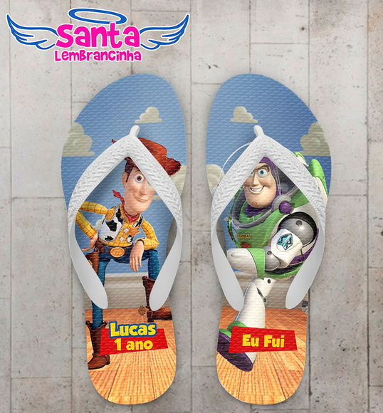 Chinelo Infantil Toy Story Woody e Buzz