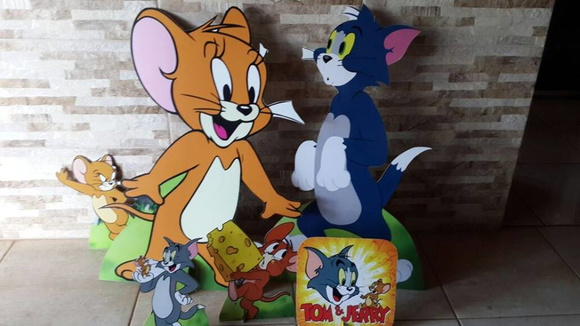 DISPLAY TOM E JERRY