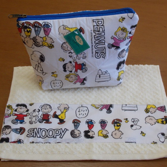 Kit Escolar Necessarie/Toalhinha Snoopy1