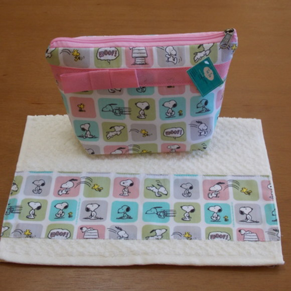 Kit Escolar Necessarie/Toalhinha Snoopy2