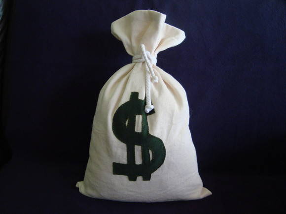 Com dinheiro na bolsa chama de gostoso - 2 5