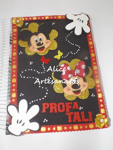 Caderno grande decorado mickey e minnie