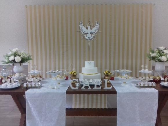 Decoraç u00e3o Batizado Branco e dourado no Elo7 Comemorando com Festa (939EF8) -> Decoracao De Batizado Branco Com Dourado