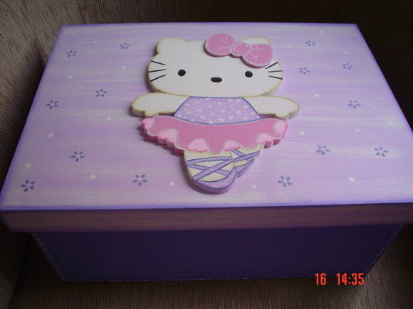 Caixa grande hello kitty