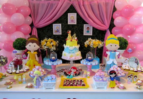 decoraç u00e3o Princesas disney + bolo + doce no Elo7 Atelier Mirucha Flore Cake designer (99C6B1) -> Decoração De Festa Das Princesas Da Disney