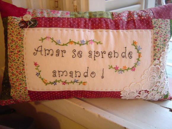 Almofada em patchwork no elo7 atelier casa de bonecas - Casas de patchwork ...