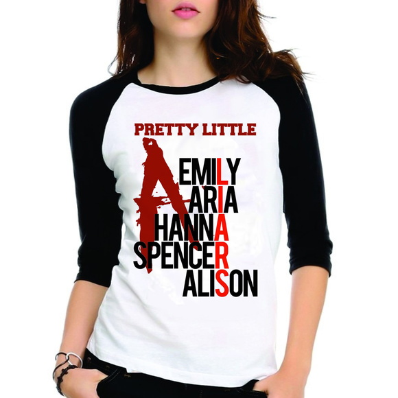 Camiseta Pretty Little Liars PLL Nomes
