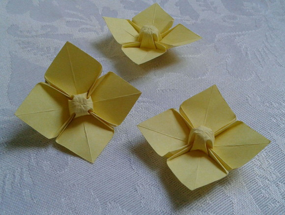 20 Flores de Origami - Dogwood Flower am
