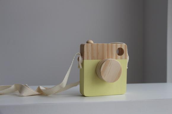 C mera de madeira no elo7 b brinqu 98e95a - Camera montessori ...