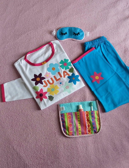 Kit Festa do Pijama Moana e Flores