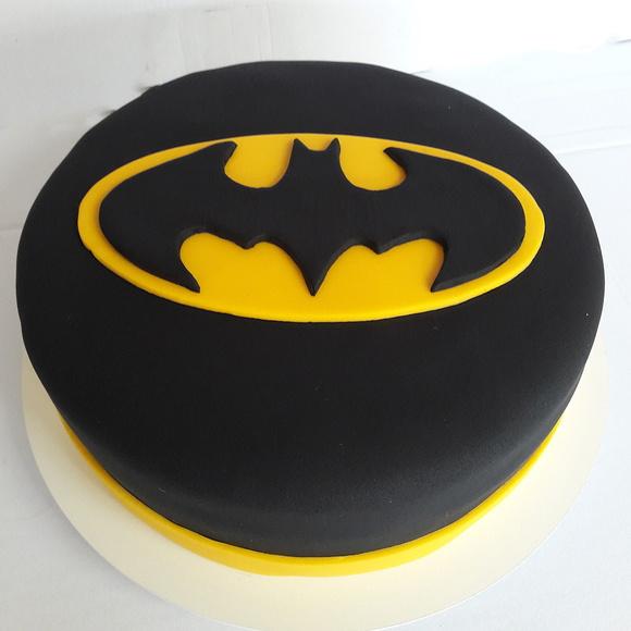 Bolo Batman Elo7